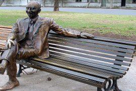 Estatua de Alberto Olmedo