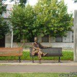 Estatua de Olmedo sobre su plazoleta