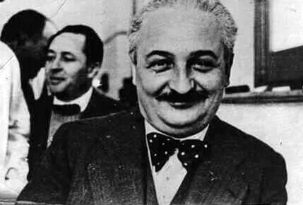 Albert Einstein en Rosario Norte
